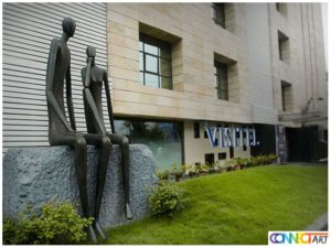 modern garden sculptures in Kolkata